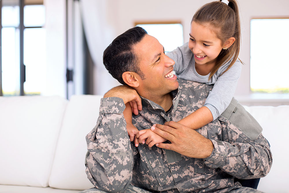 city-college-military-father-and-daughter